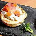 blinis au <b>saumon</b> à la vodka et perles