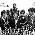 enfants sortant de l'école - Pushkar