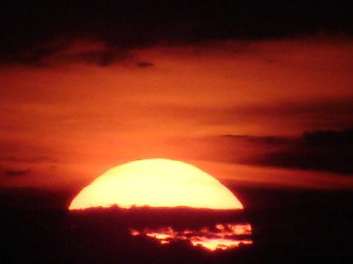 2008 08 11 Le levé du soleil depuis le sommet du Pic du Lizieux (13)