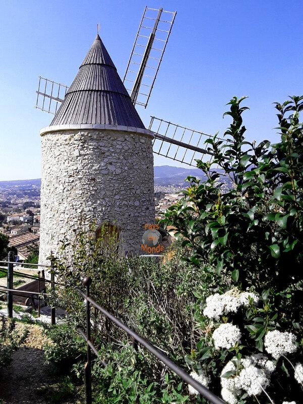 Moulin Ricard