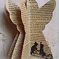 Anges déco en papier ancien