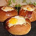 Brioche farçie au fromage de chevre tomate oeuf
