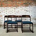 4 chaises <b>Baumann</b> modèle traineau en palisssandre bleu pétrole