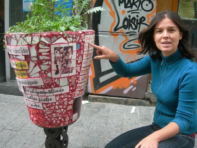 le pot du café au 7 rue Dénoyez