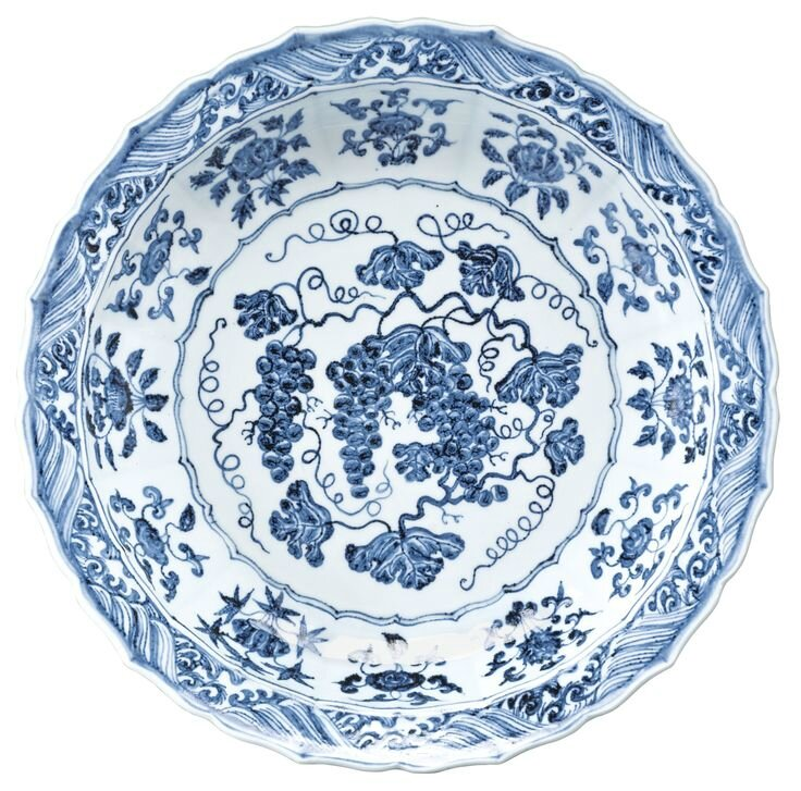 The Mahin Banu 'Grape' dish a magnificent and storied blue and white dish, Ming dynasty, Yongle period, circa 1420 1