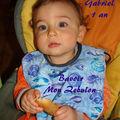 Gabriel 1 an : <b>bavoir</b> coquillages Mon Zébulon