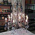 Lustre baroque à pampilles de cristal et patine acier