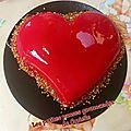 Mousse framboise coeur chocolat nougatine