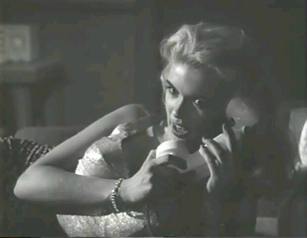 jayne-1955-film-female_jungle-cap-1