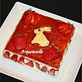 Fraisier de pâques décor fraises et lapin
