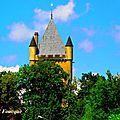 A vélo jusqu'au parc du cheval,situé entre blyes et chazey sur ain.châteaux,chapelles à voir également.. (nord-est lyonnais/ain)