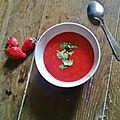 Soupe de fraises à l'orange et coriandre