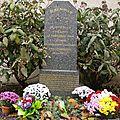 La stèle de la Résistance, place de la Liberté, et ses 24 patriotes morts lors des combats de la Libération de Besançon