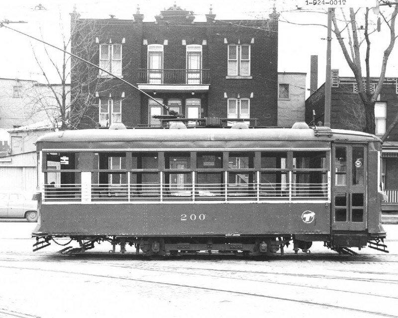 Les derniers tramways de montr al histoire du plateau for Garage du tram villeurbanne