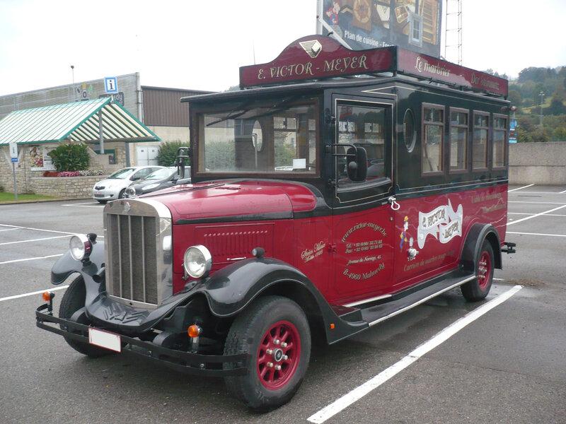 ASQUITH Mascot minibus rétro Malmedy (1)