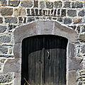 porte à Saint-Bonnet d'Orcival