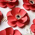 Fabrication de <b>fleurs</b> en <b>papier</b> / Coquelicot en <b>papier</b> pour une décoration événementielle / <b>Fleur</b> en <b>papier</b> / Poppy paper.