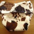 PUL recouvert d'un tissu imitation vache brune