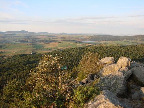 2008 08 11 Paysage vu depuis le sommet du Lizieux au levé du soleil