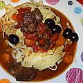 Cocotte de boeuf mijoté à la tomate & aux olives