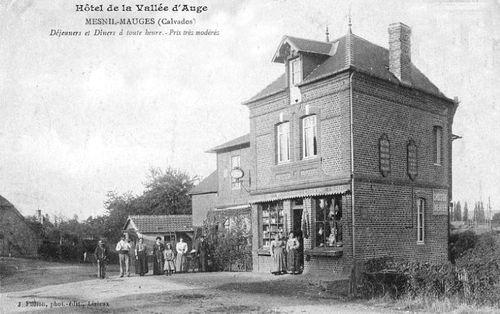 Le Mesnil-Mauger - épicerie et hotel