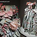 Once upon a time - paper dresses / robes de papier - cinquantenaire