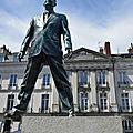 Faire le singe à (partir de) <b>Nantes</b> le 9 juillet 2020