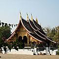 Laos de Vientiane à Luang-Prabang (12/17). Monastères de Luang Prabang - Le Vat Xieng Thong.