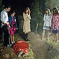 "DESPERATE HOUSEWIVES, <b>8</b>*01 ""Secrets that I never want to know"" & <b>8</b>*02 ""Making the connection"""