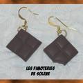 Boucles d'oreilles carré de chocolat dont 1 croqué !