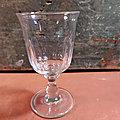 Ancien Verre à Vin à Facettes Taillées Collection Bistro / C06-09