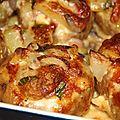 Pommes de terre farcies au lard et reblochon, champignons et creme