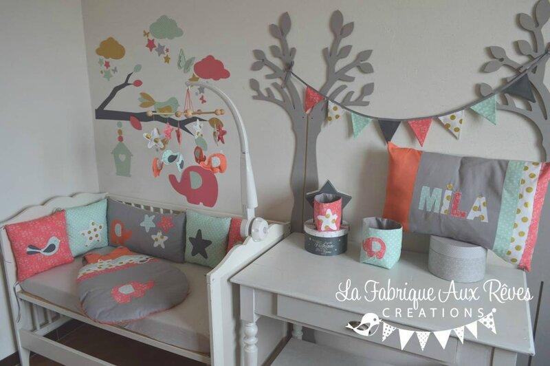 Chambre Fille Saumon : Décoration chambre bébé fille éléphant étoiles oiseaux