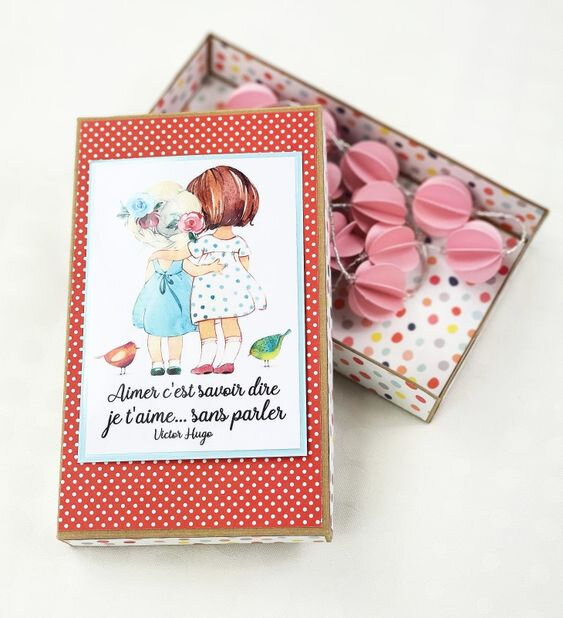 vanillejolie guirlande et boite papier