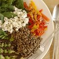 Et des pâtes-riz au chanvre, késaco ? Et une petite salade verte d'hiver qui a la cote, mais ... ? C'est déjà le printemps !