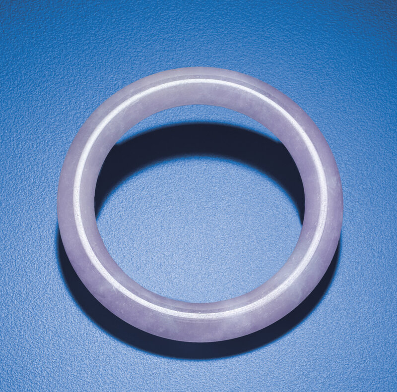 2012_HGK_02963_2404_000(a_purple_jadeite_bangle)