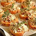 Patate douce en croûte de parmesan, noix de pecan & thym