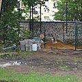 Travaux de préparation de l'espace pour les compostières
