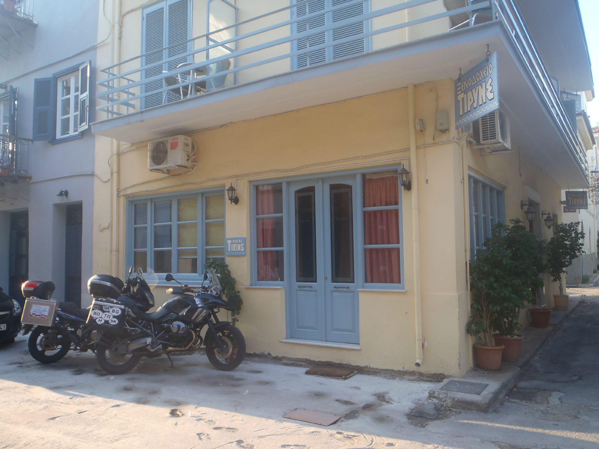 grece nauplie la pension et son parking