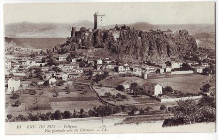 43 - POLIGNAC - Vue générale vers els Cevennes