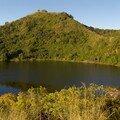Lac dans un ancien cratère vers le Mont Passot