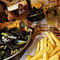 1-La-traditionnelle-Moules-Frites-Laurent-GhesquiereB_colonne_content_282