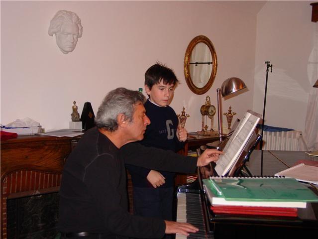 Ingmar avec son professeur, le pianiste Valéry Sigalevitch
