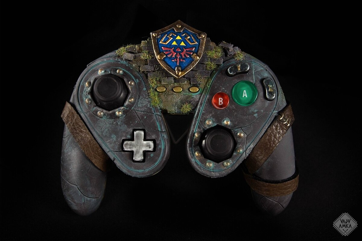 Hyrule themed custom Wii U Fightpad Controller