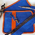 Sac cuir de créateur en préparation bleu saphir et orange pop zippé - Artisanat français