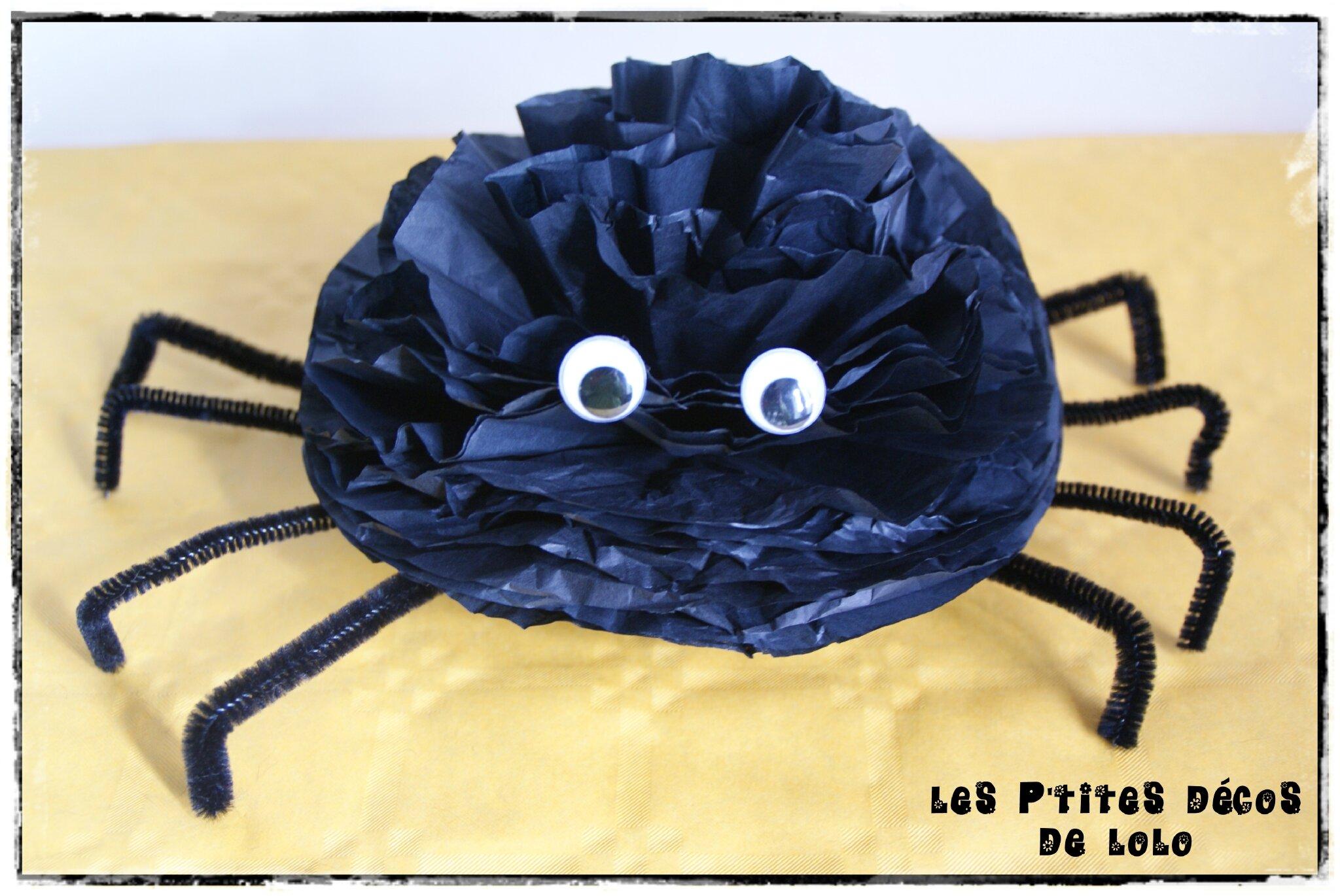 Araignée en papier de soie