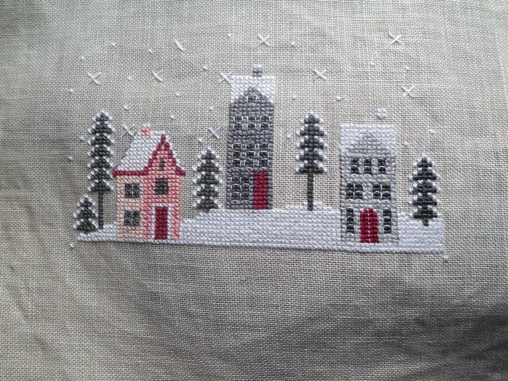 village-sous-la-neige-broderie