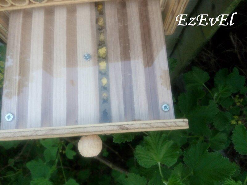 bee home 3 EzEvEl abeilles