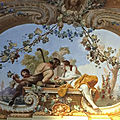 Molise - Le bassin du Volturno (11/13). Campanie – Le palais royal de <b>Caserta</b>.
