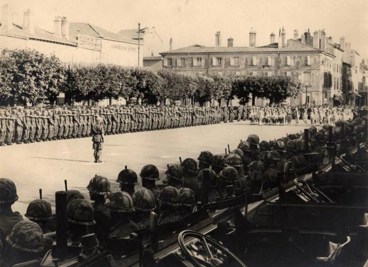 1ère cie défilé motorisé du 14 juillet 1967 2